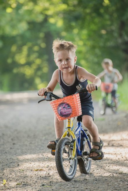Kind Fahrradfahren