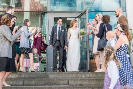 Fotografie Hochzeit Auszug Standesamt